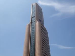 タワー全景